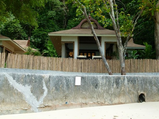 Rayavadee Resort: Villas sur Phralang beach (aucune intimité)