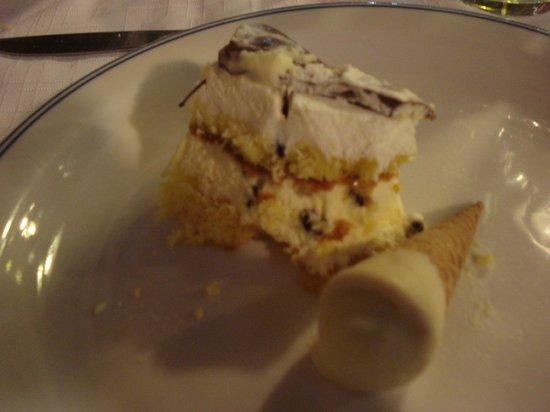 Ristorante L'Ulivo: Pasqua 2011- Torta pasquale e semifreddo
