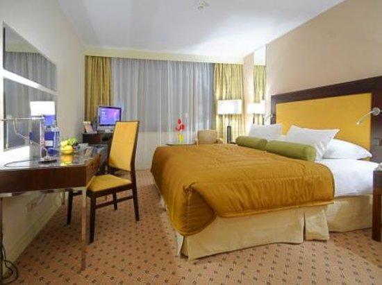 Corinthia Hotel Prague: Stanza superior