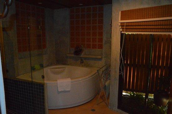 The Regent Cha Am Beach Resort: Villa