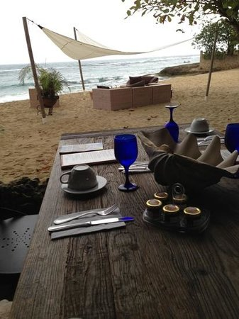 Villa Montana Beach Resort: breakfast