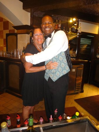 Sandals Regency La Toc: Me and Burton the bartender….