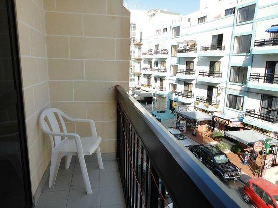 Canifor Hotel: Un lato del balcone -lato Sx-