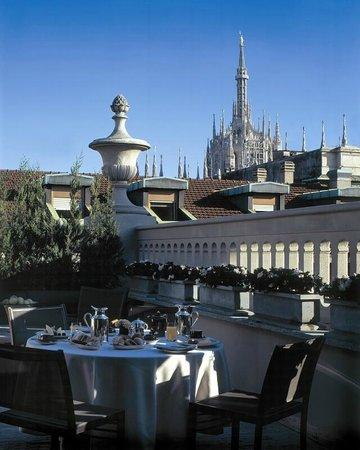Park Hyatt Milan: Duomo view