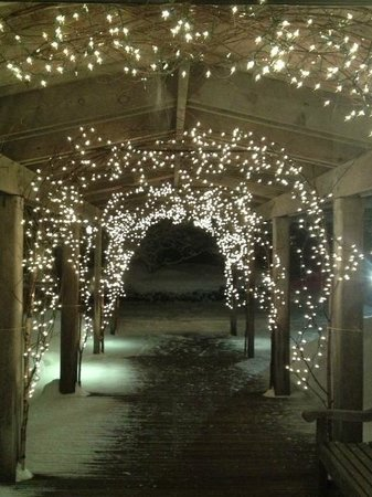 Twin Farms: Main House Entrance Walkway