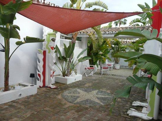 Casa la Concha : courtyard/entrance