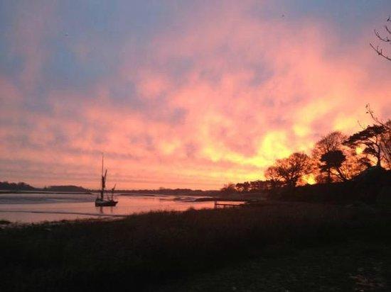 Iken Barns: Stunning sunrise