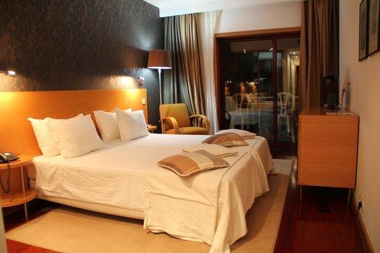 Hotel Porto Antigo: Quarto