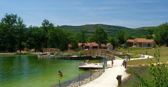 Quillanadventure picture of domaine de l 39 espinet for Piscine quillan
