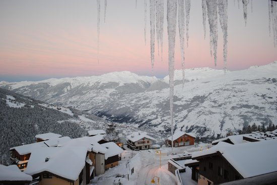 Club Med Peisey-Vallandry: View from our balcony at sunrise