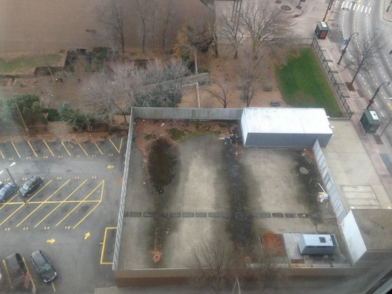 The Ritz-Carlton, Atlanta: Horrible View from 18th Floor