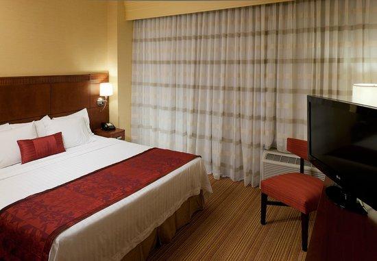 Courtyard Bristol: Guest Room