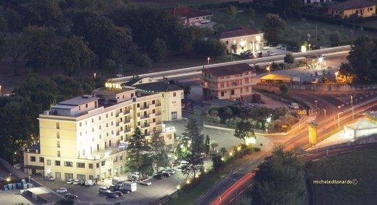 Hotel Ristorante Al Boschetto: Hotel Al Boschetto visto dall'alto