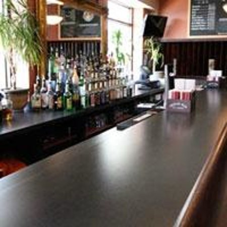 Quality Inn Boardwalk: The Oceanview Grill is a full service restaurant open all year with happy hour specials.