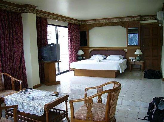 Phi Phi Hotel: Hotellrum