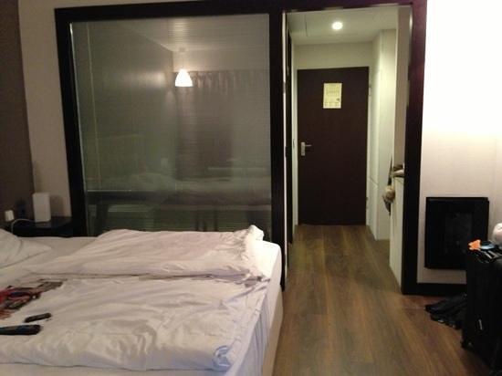 Hotel Agon am Kurfürstendamm: room302