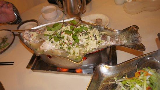 Je Ngor's Kitchen : Steam seabass Fish (Thai style)