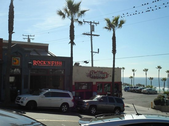 Rock'N Fish: Minutes walk to the beach at Manhattan Beach