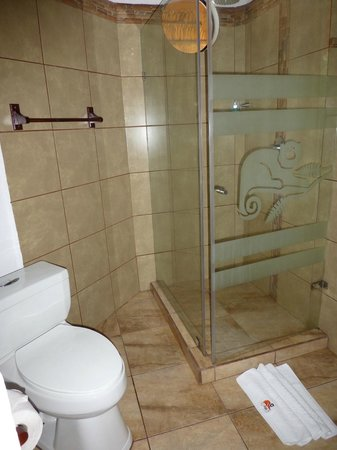 Napo Wildlife Centre: Bathroom, Cabin 12