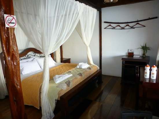Napo Wildlife Centre: Bedroom Cabin 12