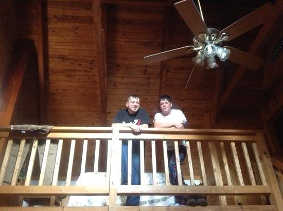 Mountain Top Inn: the guys liked hanging out in the loft