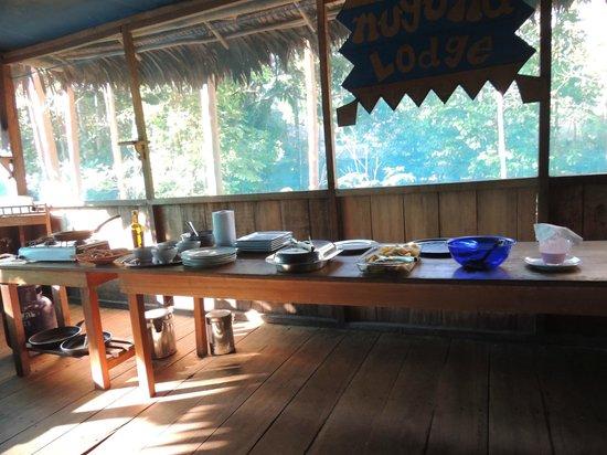 Muyuna Amazon Lodge: menúes distintos todos los días con vs opciones