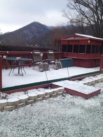 Photo of Chalet Motel & Apartments Maggie Valley