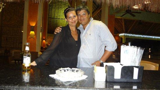 Grand Palladium Colonial Resort & Spa: gonza y veru en lobby whitesand
