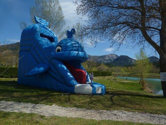 Le lac bleu chatillon en diois france voir les tarifs for Prix piscine chatillon