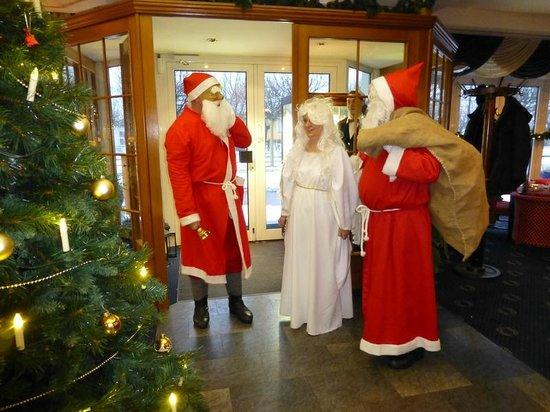 SEETELHOTEL Ostseehotel Ahlbeck: Heiligabend - Weihnachtsbescherung