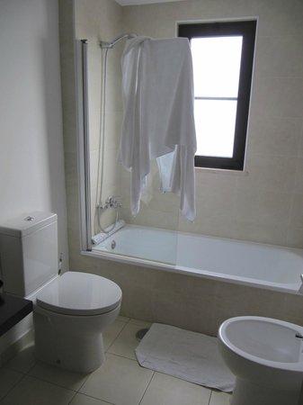 Melia Tortuga Beach Resort & Spa: Aufgenommen in einem Badezimmer