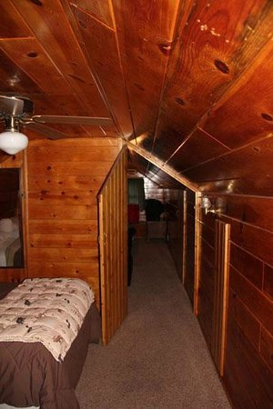 Sleepy Forest Cottages: Upstairs Bedrooms