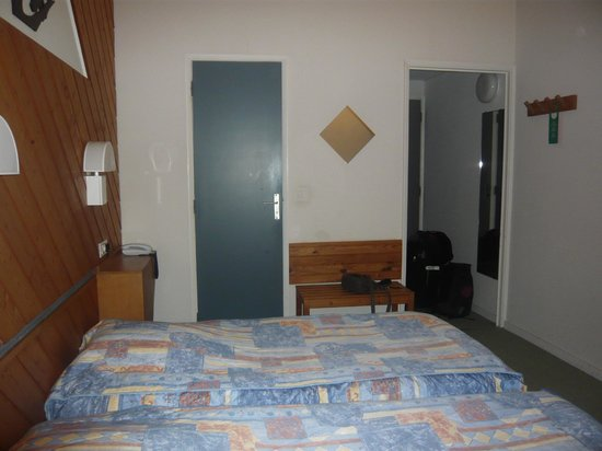 Hôtel La Découverte : chambre