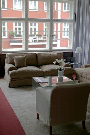 Ellington Hotel Berlin: Chambre spacieuse avec vue...