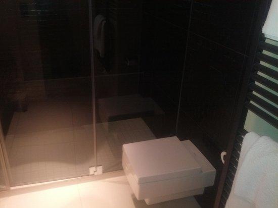 Stage 47 : Bathroom