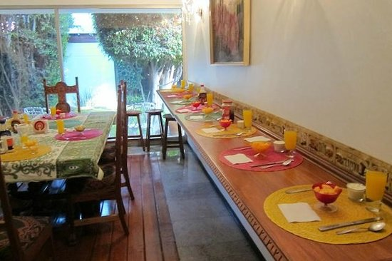 Hostal Cuija Coyoacan: Breakfast