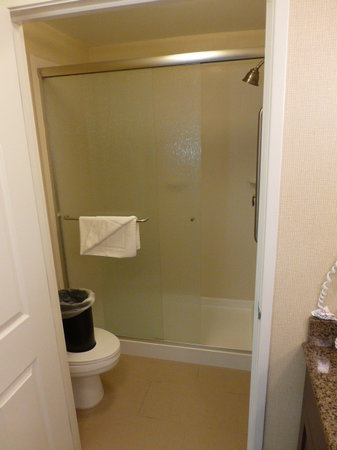 Staybridge Suites Reno Nevada: Shower
