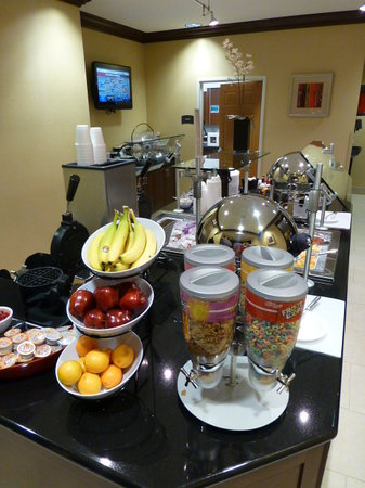 Staybridge Suites Reno Nevada: Breakfast