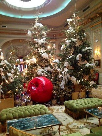 El Palace Hotel: Рождественская елка