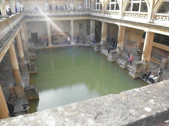 Paradise House: Roman Bath