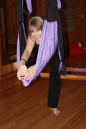 Yoga BnB: Yoga 2 Go Bed & Private trapeze Yoga classes available.