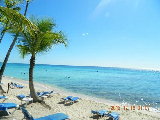 Catalonia Gran Dominicus: Hotel's beach