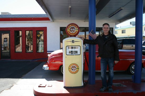 Bing's Burger Station: Old Gas Pump
