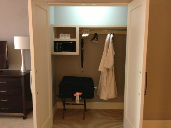 The Bristol Panama Hotel & SPA: Closet in a Tower Executive King