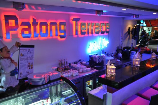 Patong Terrace Boutique Hotel: Bar