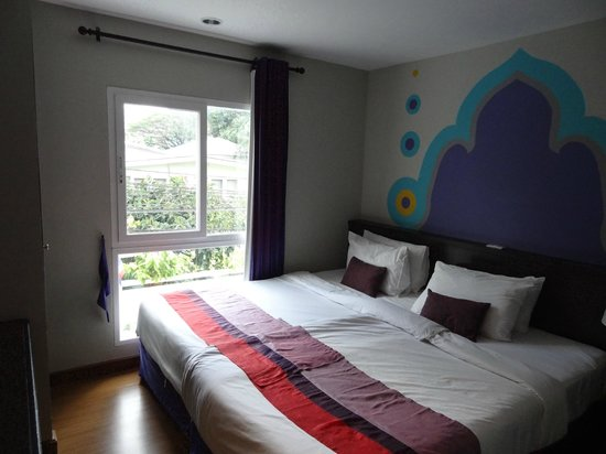 Sawasdee Hotel @ Sukhumvit Soi 8: Room