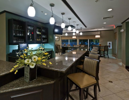 Hilton Garden Inn Dothan: Pavilion Lounge