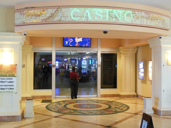 St. Kitts Marriott Resort & The Royal Beach Casino: Entrance to Casino located in the lobby