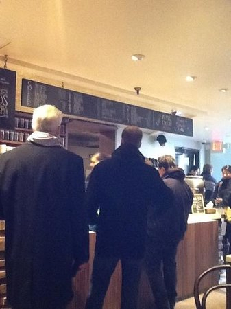 Pavement Coffeehouse: the wait is worth it. great coffee!