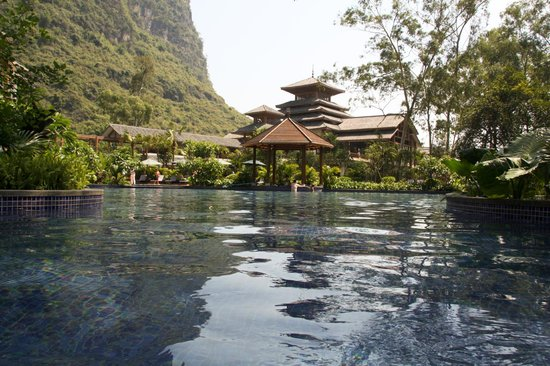 Yangshuo Resort (China)